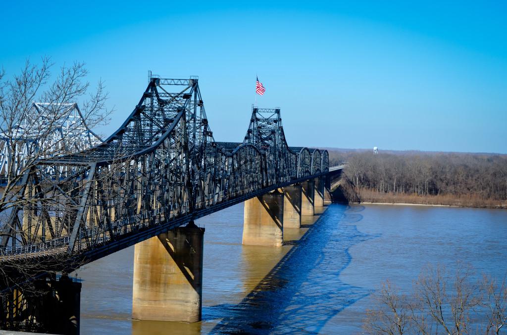 Mississippi River Bridge at Vicksburg, MS - Photo Credit:  Charlie Plyler